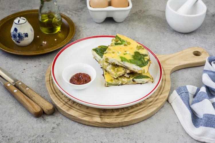 Omlet z groszkiem, cukinią i szpinakiem - Krok 5