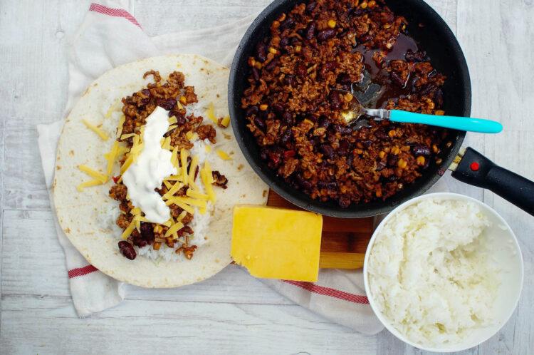 Burrito z limonkowym ryżem - Krok 4
