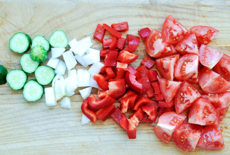 Gazpacho z kukurydzą i grzankami - Krok 1