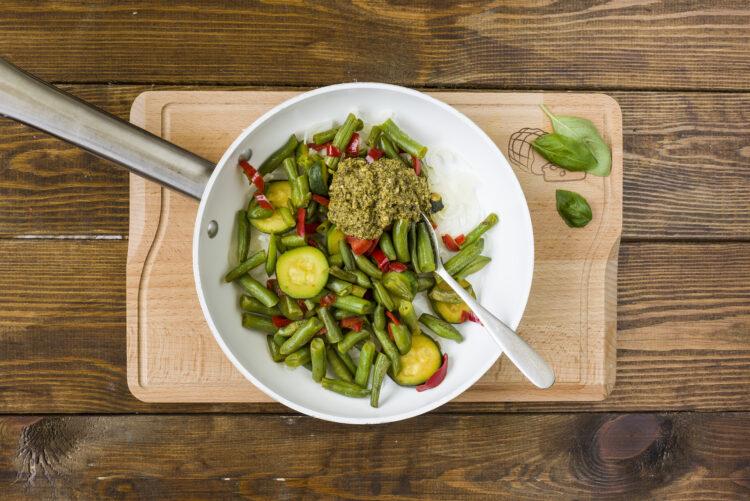 Warzywa w sosie bazyliowym - Krok 5