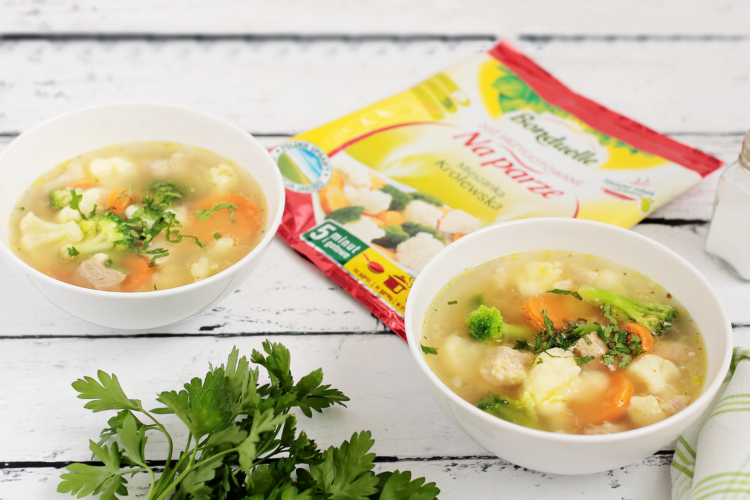 Pożywna zupa jarzynowa