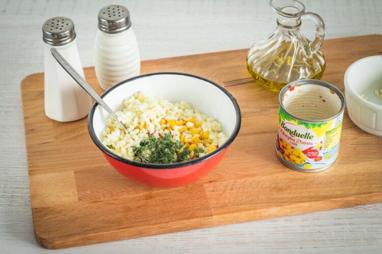 Pieczona pierś kurczaka nadziewana kukurydzą z chili i mozzarellą - Krok 1