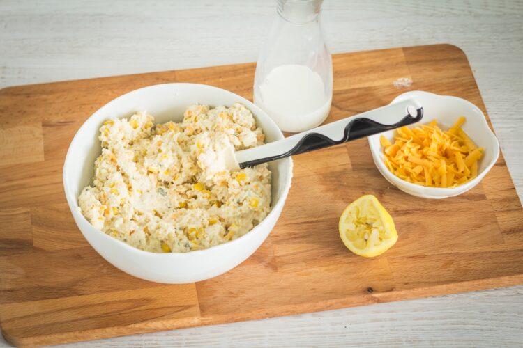 Serowe scones z kukurydzą - Krok 2