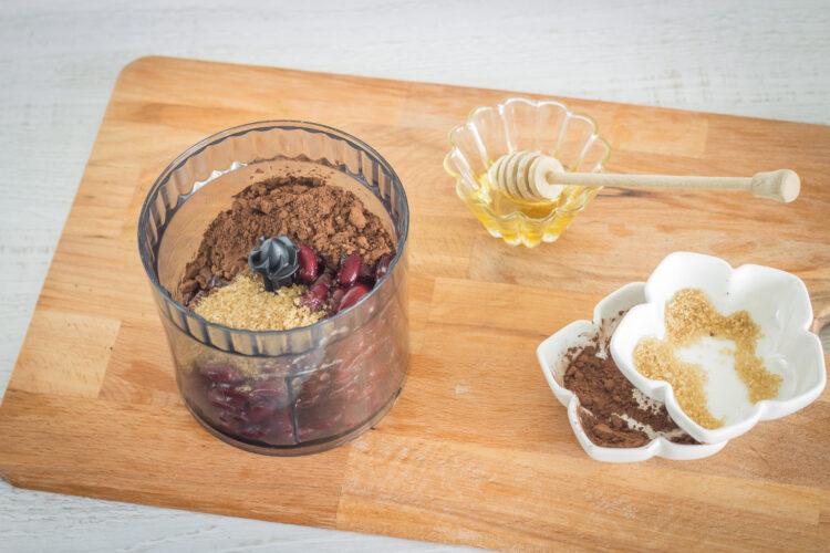Trufle czekoladowe z czerwonej fasoli - Krok 1
