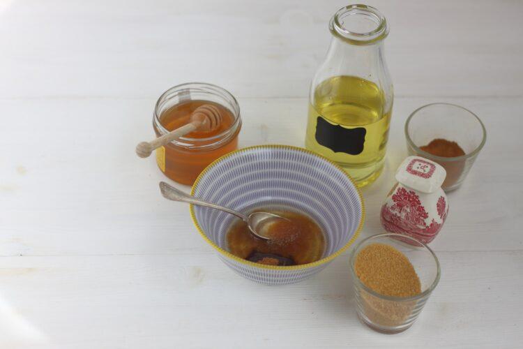 Słodka pieczona cieciorka z miodem i cynamonem - Krok 2