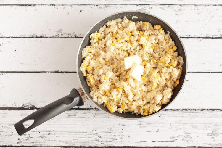 Risotto z kurczakiem, kukurydzą i groszkiem - Krok 4