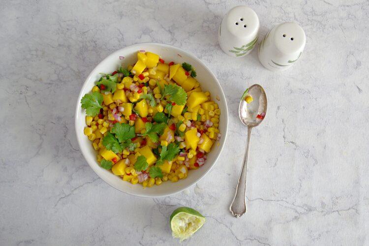 Salsa mango z kukurydzą i chili - Krok 2