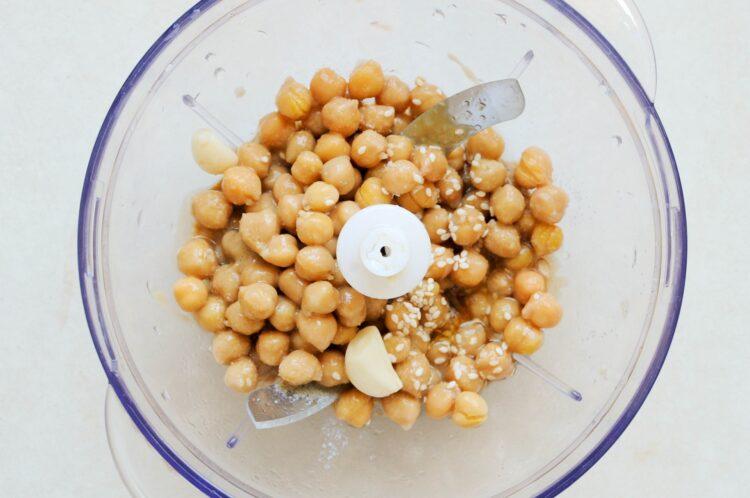 Spaghetti z hummusem i sezamem - Krok 2