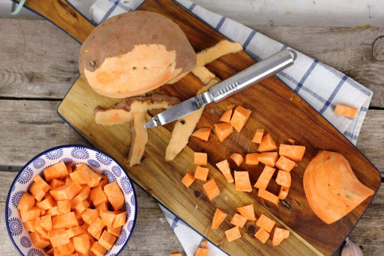 Pieczone bataty z flażoletką - Krok 1