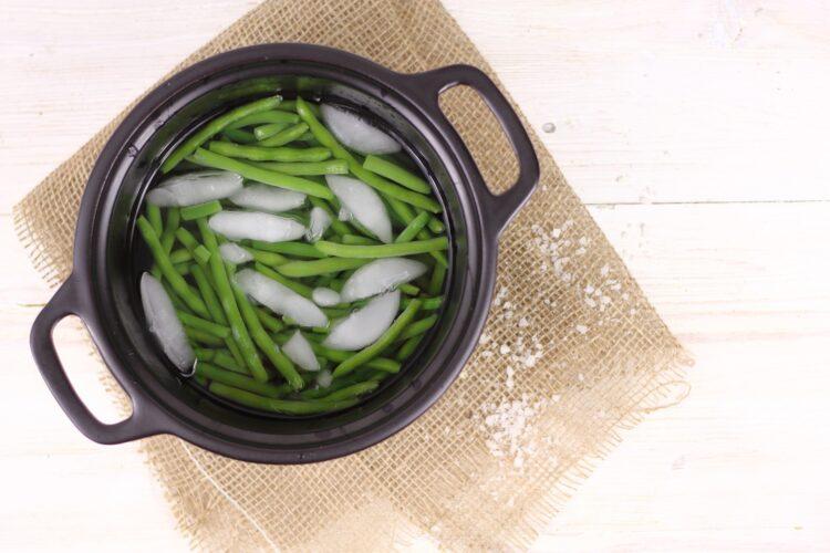 Korzenny ryż z fasolką szparagową - Krok 3