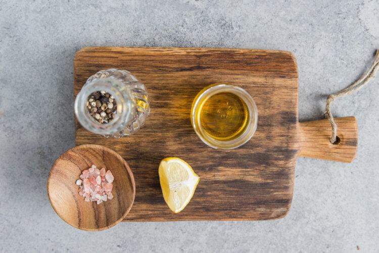 Sałatka z kaszy jaglanej i makreli - Krok 4