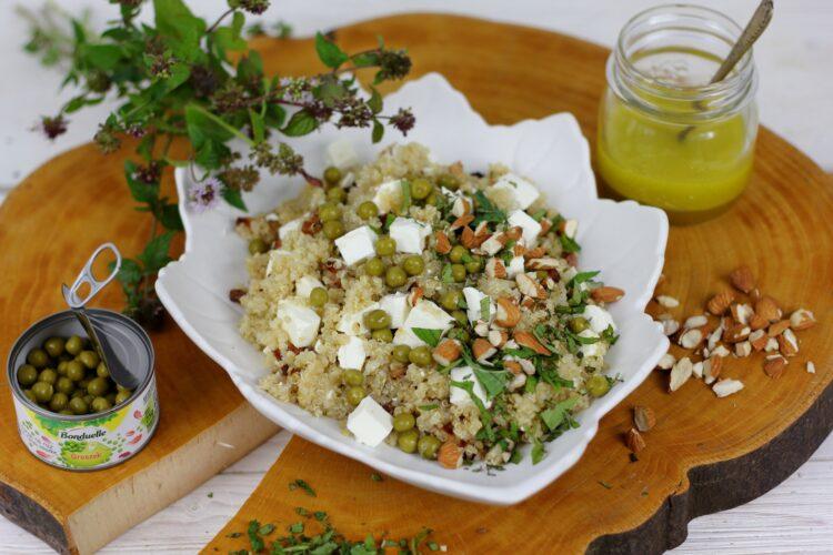 Sałatka z komosy ryżowej z fetą, miętą i cytrynowym dressingiem - Krok 5