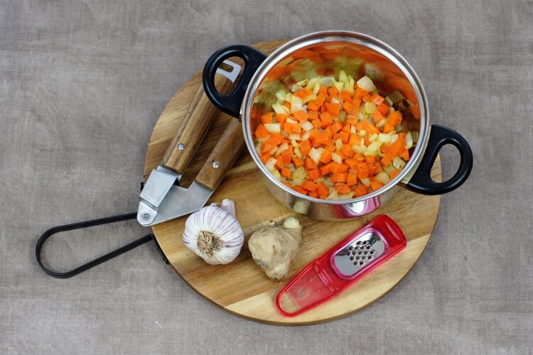 Marokańska zupa z batatami i soczewicą - Krok 2