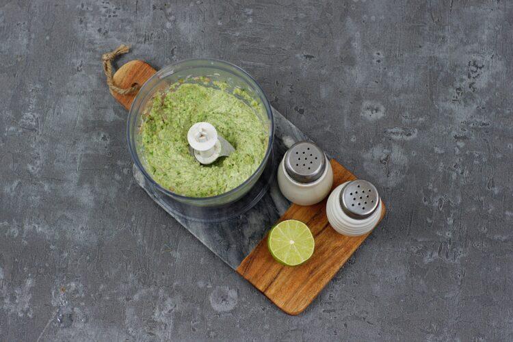 Makaron z brokułowym pesto - Krok 3