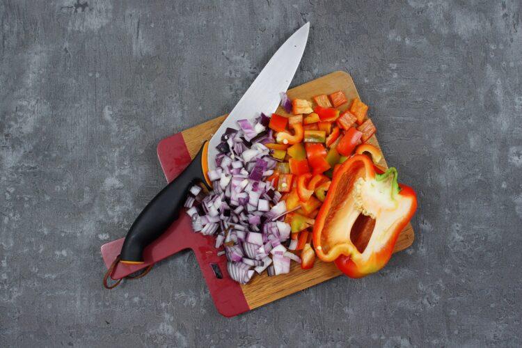 Sałatka z brokułami i szynką - Krok 3