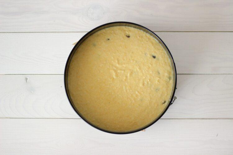 Ciasto z kukurydzy z rodzynkami - Krok 5