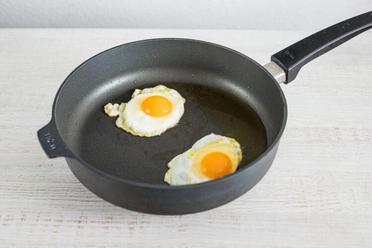Jajka po ranczersku z kukurydzą z czerwoną fasolką - Krok 5