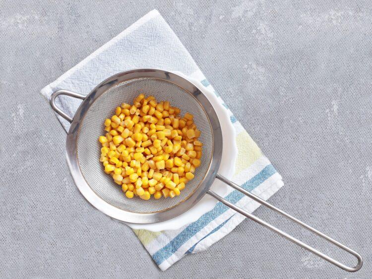 Kukurydziany smoothie bowl - Krok 1