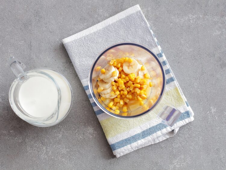 Kukurydziany smoothie bowl - Krok 3