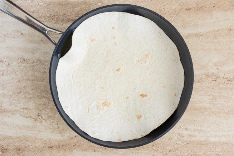 Tortille z mięsem mielonym, fasolą i kukurydzą - Krok 3
