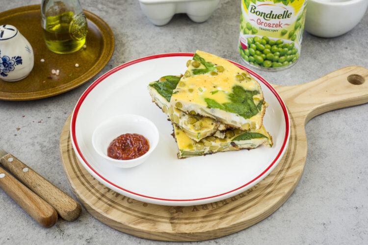 Omlet z groszkiem, cukinią i szpinakiem - Krok 6