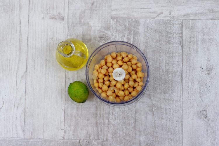 Hummus z awokado - Krok 1