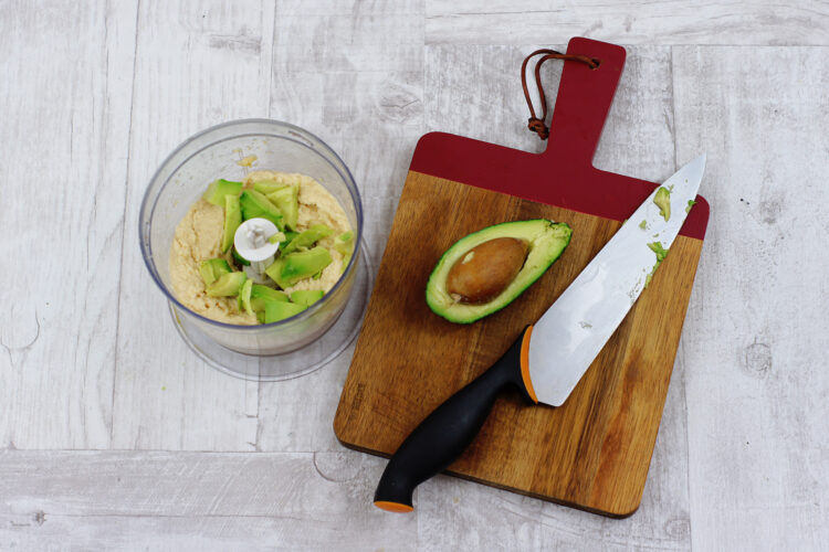 Hummus z awokado - Krok 2