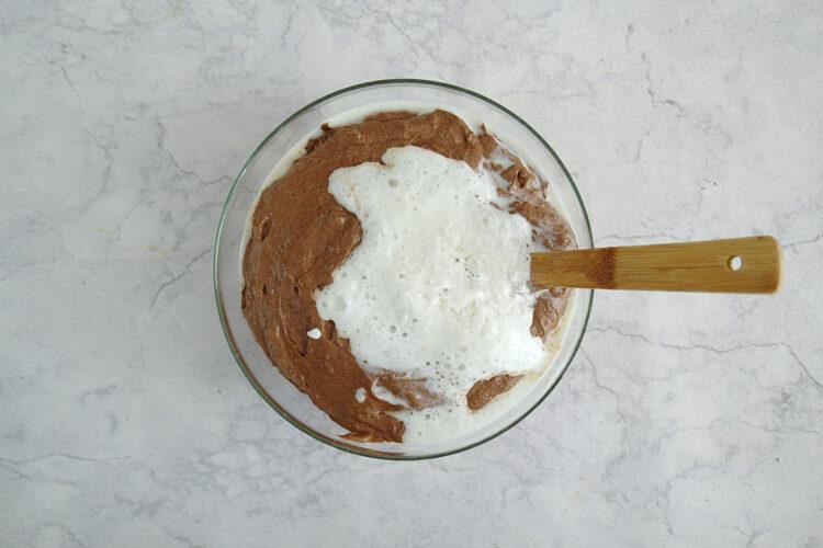 Ciasto czekoladowe z czerwonej fasoli z chili - Krok 3