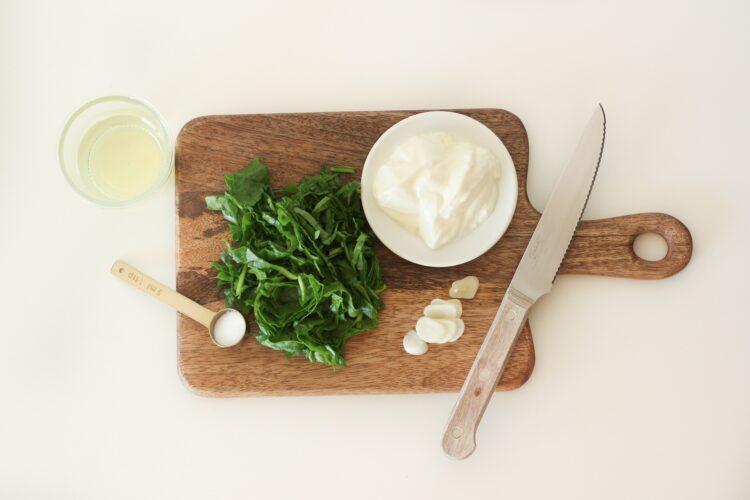 Warzywne kulki w sosie szpinakowym - Krok 1