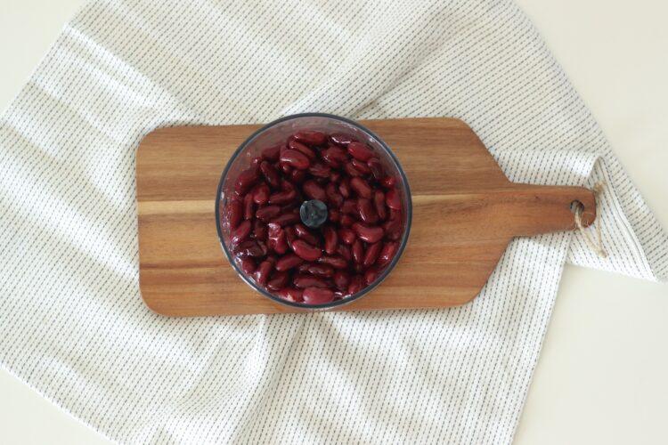 Słodki kakaowy krem z czerwonej fasoli - Krok 2