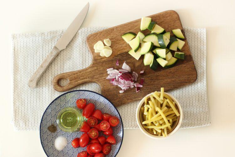 Komosa z fasolką i pomidorkami - Krok 2