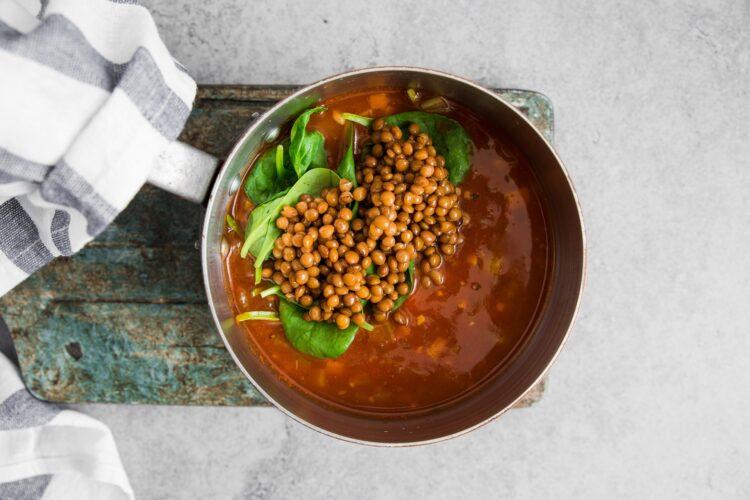 Zupa z brązową soczewicą - Krok 5