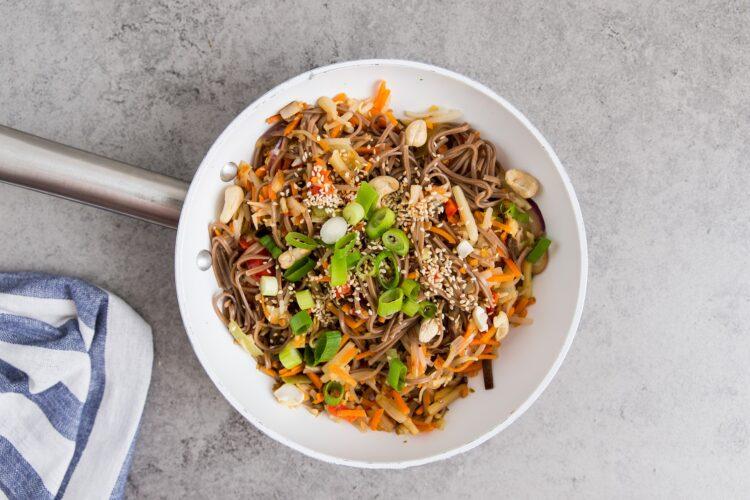 Soba z warzywami po azjatycku - Krok 7