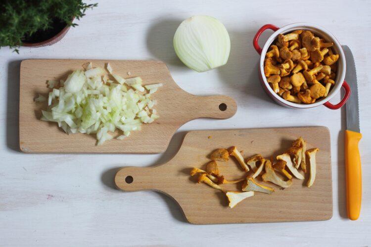 Pęczotto z kurkami i zielonym groszkiem - Krok 1