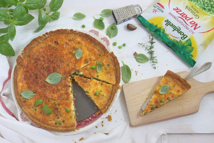 Tarta lotaryńska z zielonym groszkiem