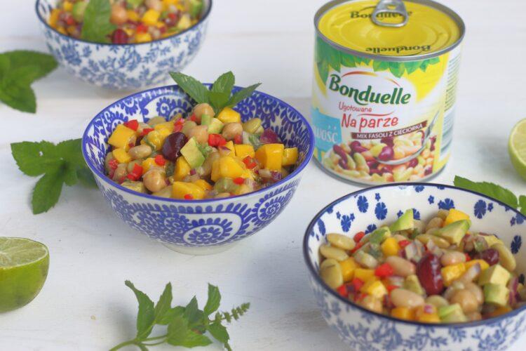 Salsa z mango, fasoli i cieciorki