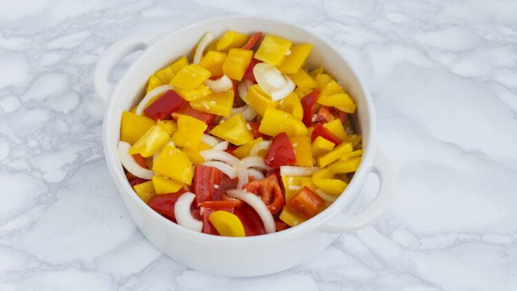 Grillowany ser halloumi na ratatouille z miksem warzyw - Krok 4