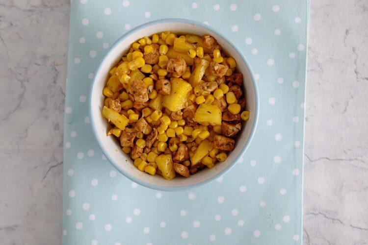 Rożki hawajskie z kurczakiem, ananasem i kukurydzą - Krok 3