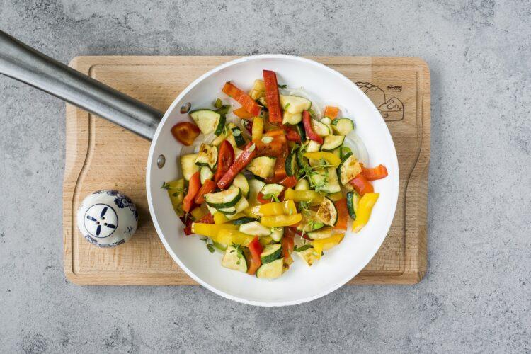 Ciecierzyca z warzywami - Krok 4