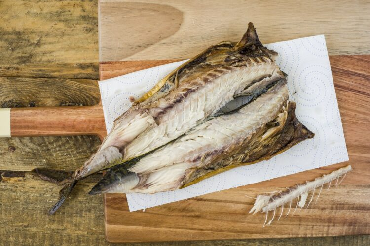 Sałatka ziemniaczana z makrelą i fasolą - Krok 3