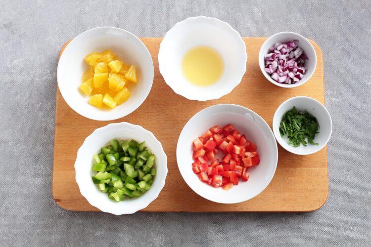 Kasza jaglana z czerwoną fasolą, kukurydzą i pomarańczą - Krok 2