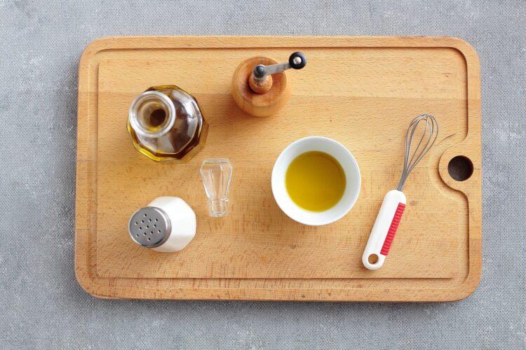 Sałatka fasolowa ze szpinakiem i awokado - Krok 3