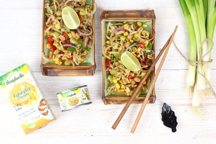 Azjatycka sałatka z kiełkami
