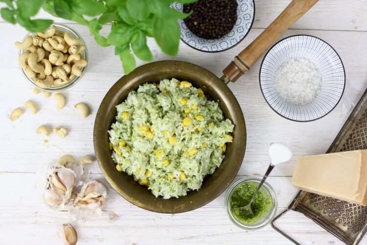 Smażony ryż z pesto - Krok 4