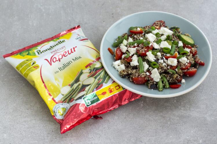 Sałatka na ciepło z komosą ryżową, bakłażanem i warzywami