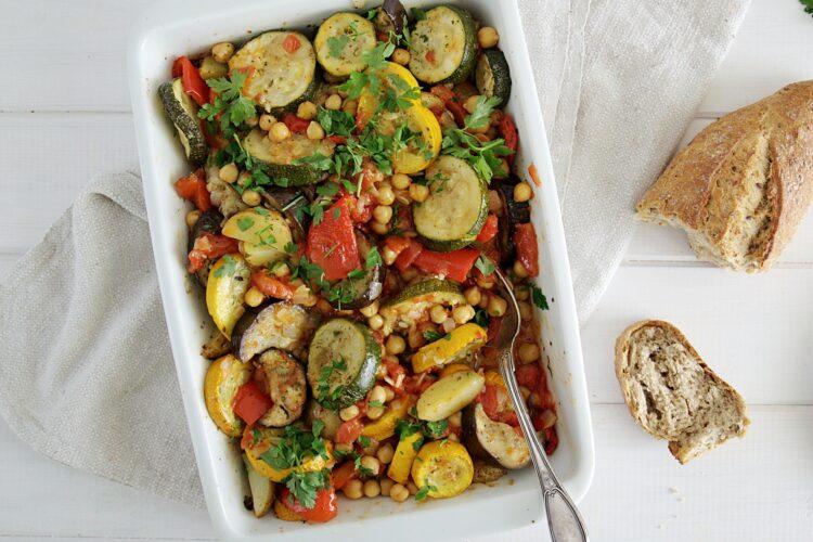 Pieczone letnie warzywa z ciecierzycą - Krok 5