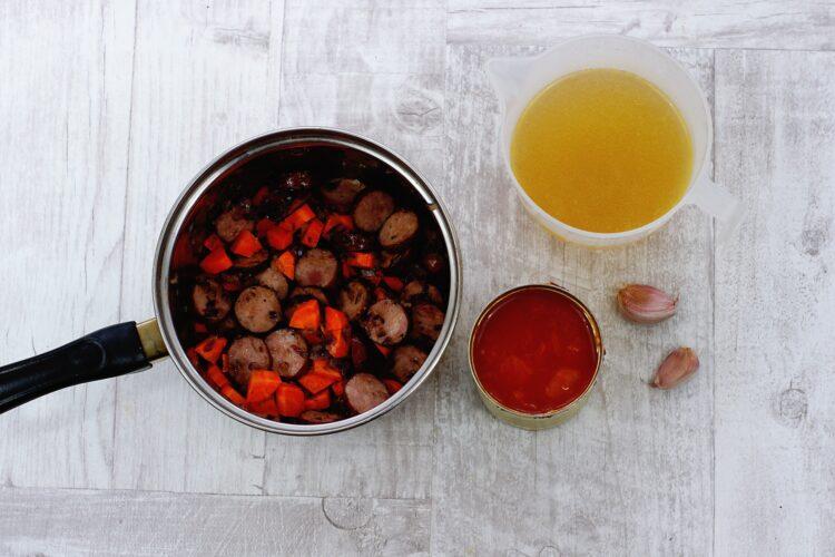 Zupa z kiełbasą i soczewicą - Krok 3