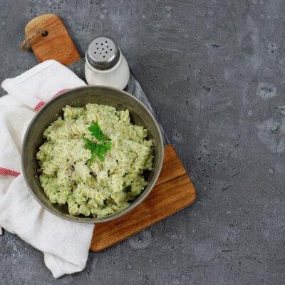 Makaron z brokułowym pesto