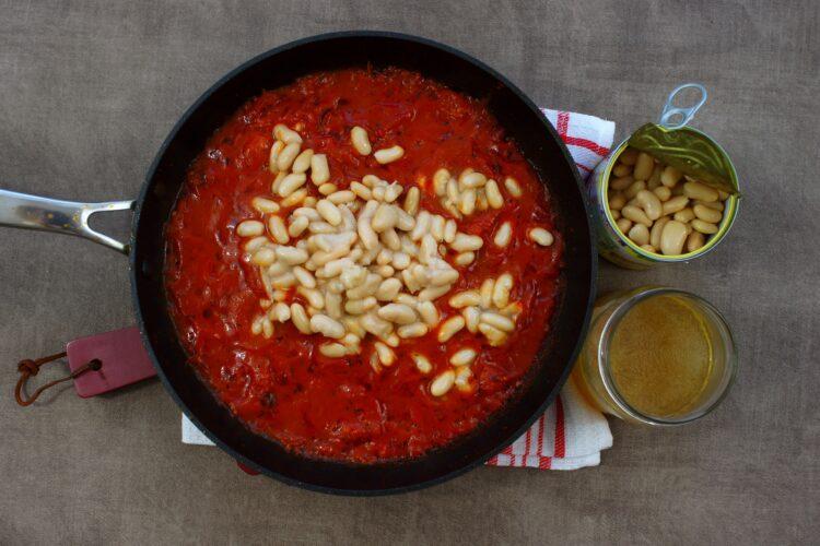 Krewetki z fasolą w pomidorach - Krok 3