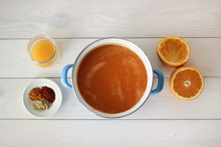 Krem dyniowo-marchewkowy z pomarańczową nutą - Krok 3